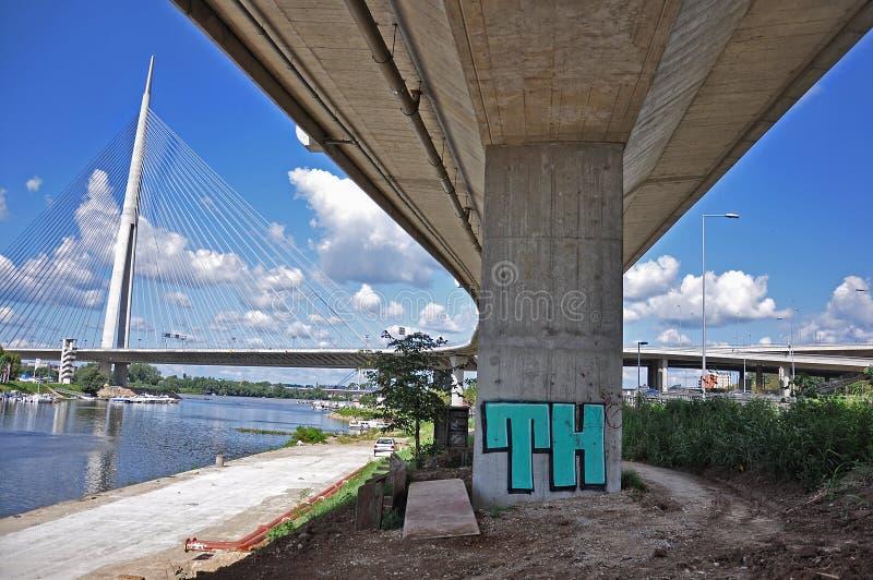 Pod mostem obrazy stock