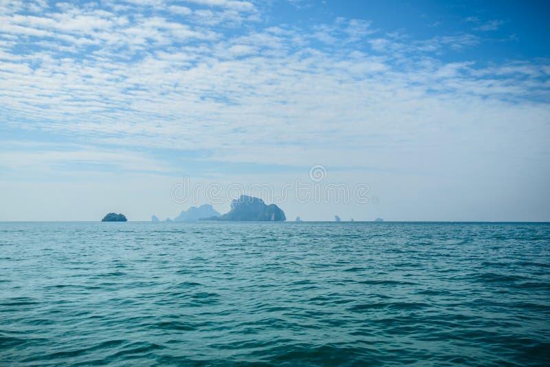 Poda ö och hönaö i Krabi Thailand royaltyfria foton