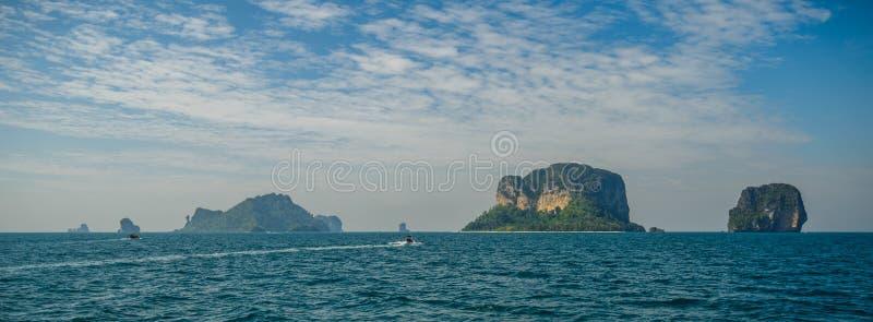 Poda ö och hönaö i Krabi Thailand arkivbilder