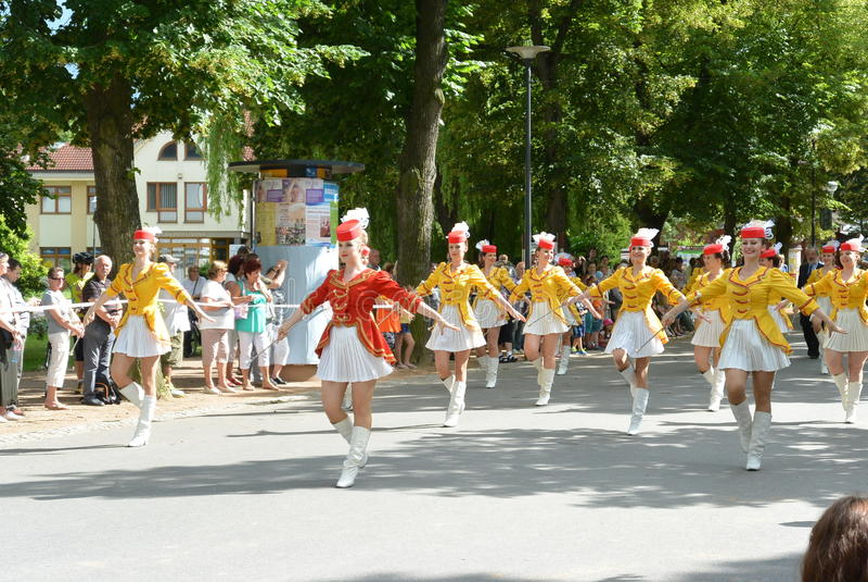 Podebrady,捷克:18 6 2016年:军乐队女队长队,捷克的全国冠军 免版税图库摄影