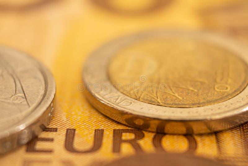 Podejście Europejski pieniądze Szczegóły pięćdziesiąt euro banknotów Banknoty wspólnota europejska fotografia royalty free