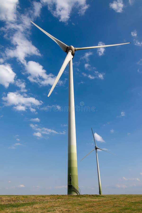 Poder de Eco, central eléctrica de energía eólica foto de archivo