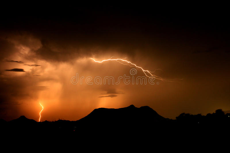 Poder de la iluminación del cielo fotografía de archivo libre de regalías