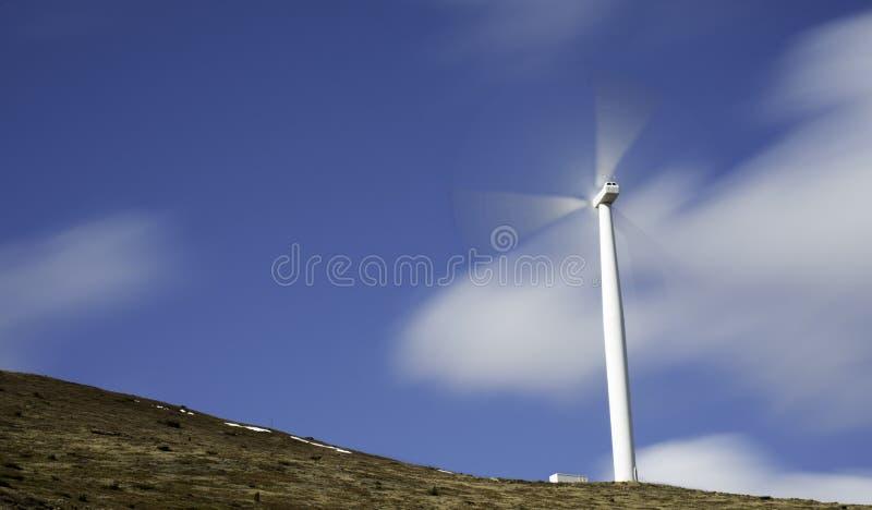 Poder que gera o moinho de vento fotografia de stock
