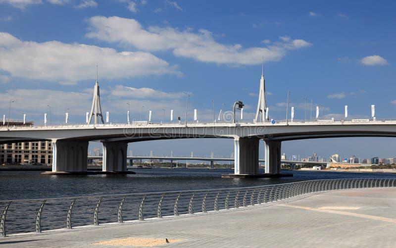 podpalany bridżowy biznesowy Dubai obrazy royalty free