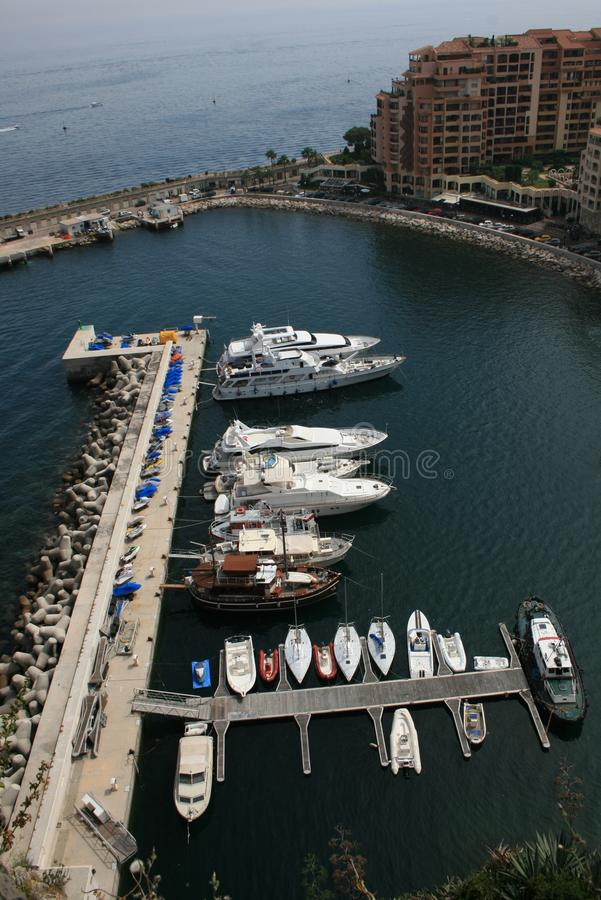 Download Podpalany Carlo Marina Monaco Monte Widok Jachting Zdjęcie Stock - Obraz złożonej z architektoniczny, rejs: 13329278
