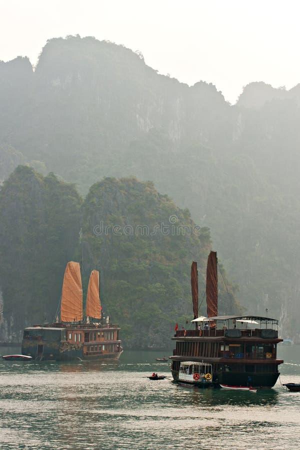 podpalany halong Vietnam fotografia royalty free