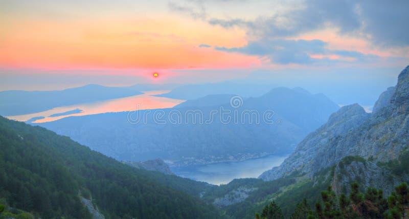 podpalany kotor Montenegro zmierzch fotografia stock