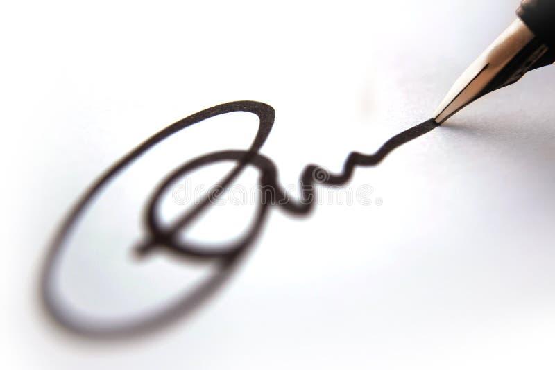 podpisanie listu w interesach zdjęcie stock