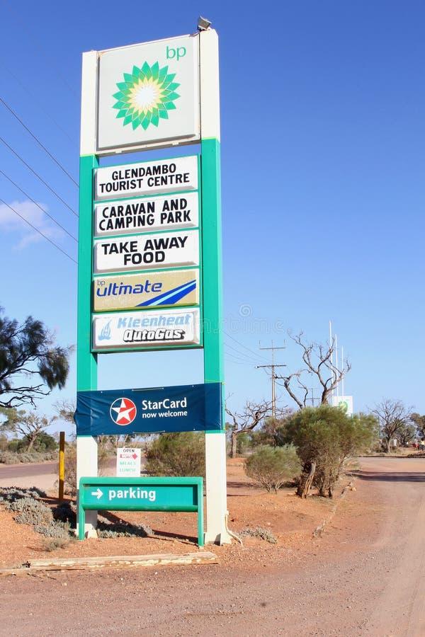 Podpisuje roadhouse Britsh ropy naftowe, Glendambo Australia zdjęcia stock