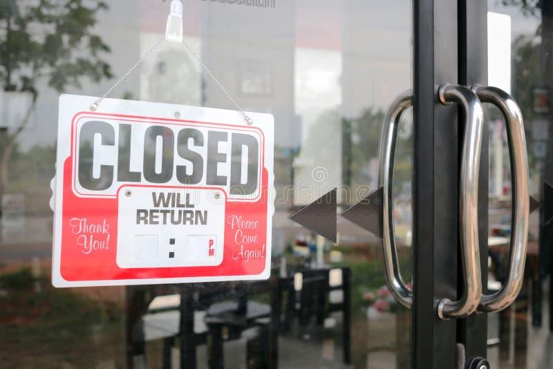 Podpisuje zamkniętego w restauracyjnym pustym miejscu dla pełnia czasu obraz stock