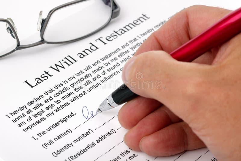 Download Podpisywanie Ostatni Testament Zdjęcie Stock - Obraz: 21230908