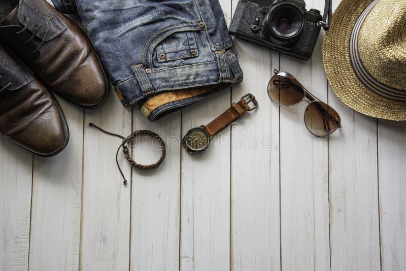 Podróżuje Ubraniowych akcesoriów odzież along dla wycieczki zdjęcie royalty free
