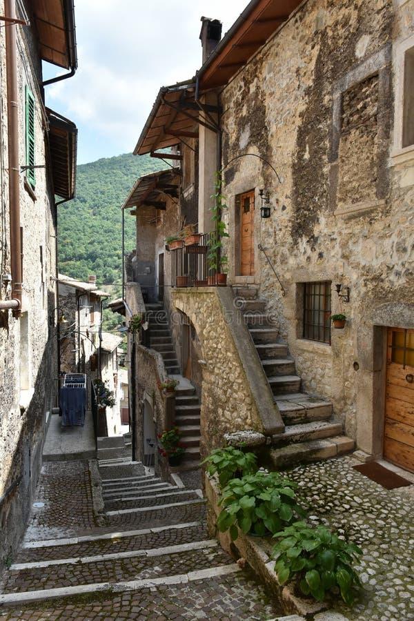 Podróżuje w małych wioskach Abruzzo region w Włochy, zdjęcia royalty free
