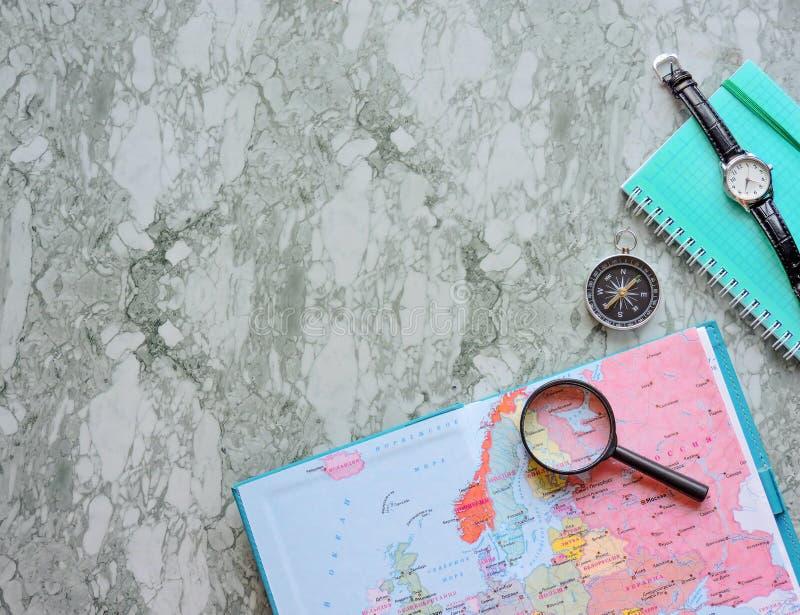 Podróży, turystyki i wakacje pojęcia tło, mapa świata obrazy stock