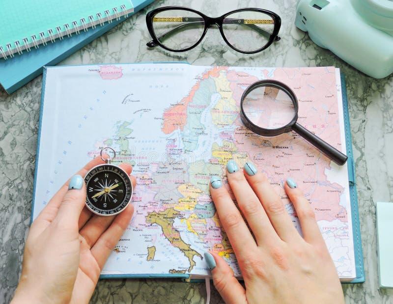 Podróży, turystyki i wakacje pojęcia tło, mapa świata obrazy royalty free