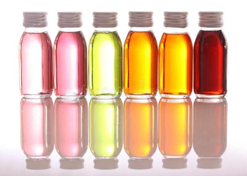 podstawowe oleje butelki obraz stock