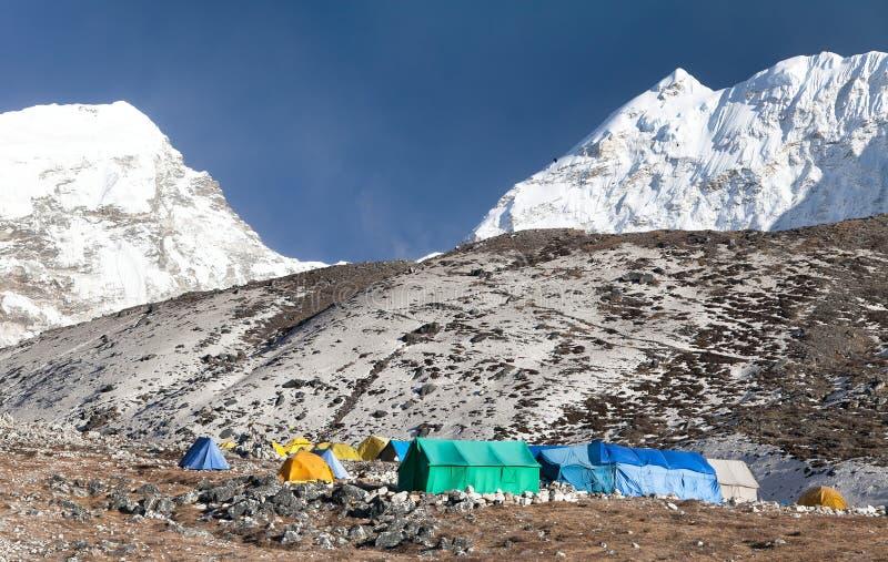 Podstawowy obóz wyspa szczyt & x28; Imja Tse& x29; blisko góry Everest fotografia royalty free