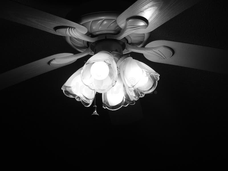 Podsufitowy fan i światło obrazy stock