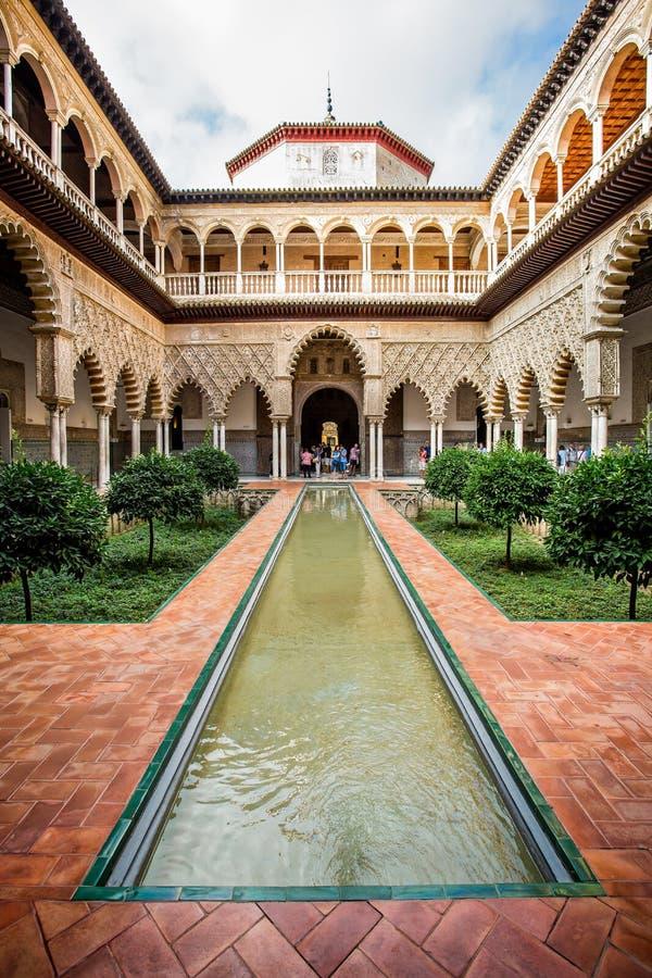 Podwórze dziewczyny, Patio De Doncellas w Alcazar pałac, Seville, Andalusia, Hiszpania fotografia stock