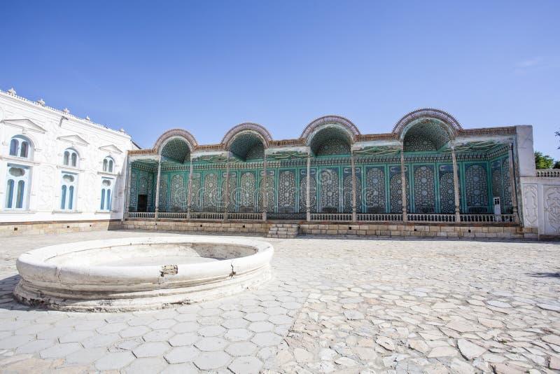 Podwórze, powierzchowność i fasada Mohihosa/, emira ` s pałac w Bukhara, Uzbekistan obraz stock