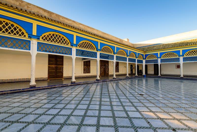 Podwórze przy El Bahia pałac w Marrakech starym miasteczku zdjęcia stock