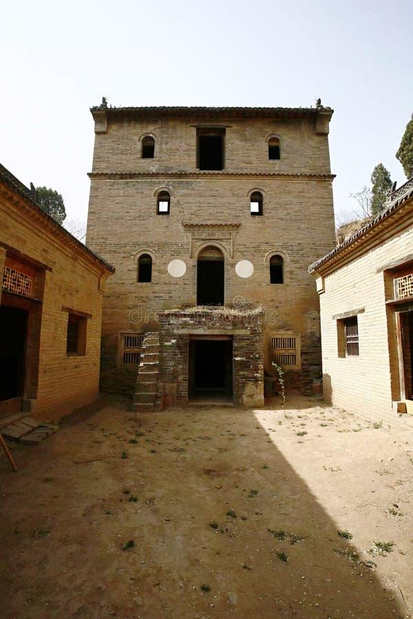 Podwórze w Starej wiosce Nowy Milulou zdjęcie royalty free