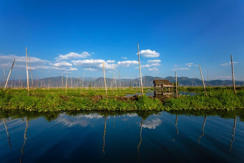 Podwyższony dom na Inle jeziorze obraz royalty free