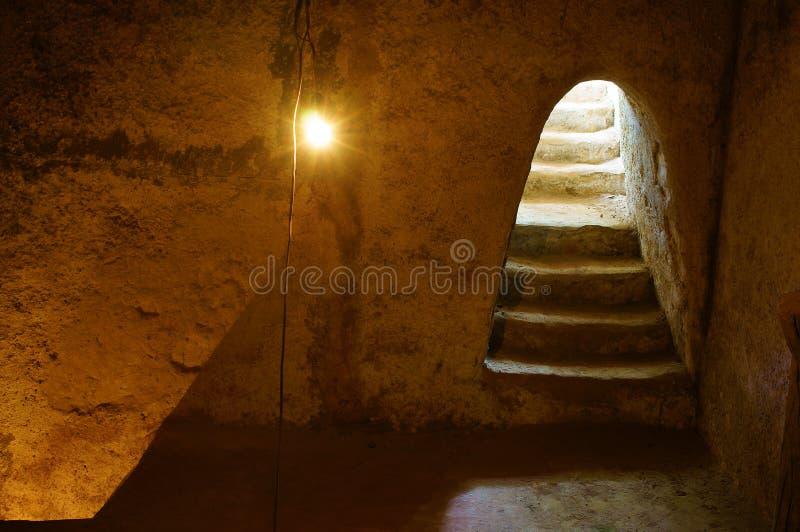 Podziemny pokój przy Cu Chi tunelem zdjęcia royalty free