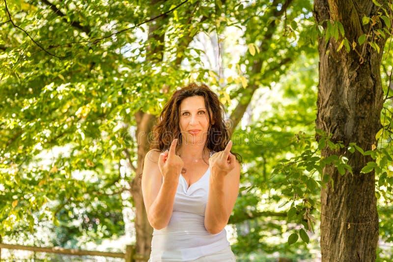 Pogodna menopauzalna kobieta obrazy royalty free