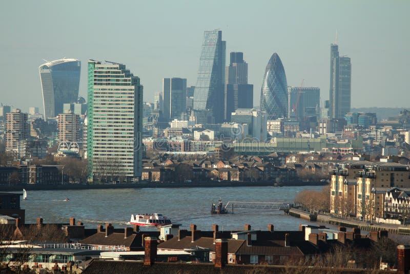 Pogodny nowożytny Londyn krajobraz obraz royalty free
