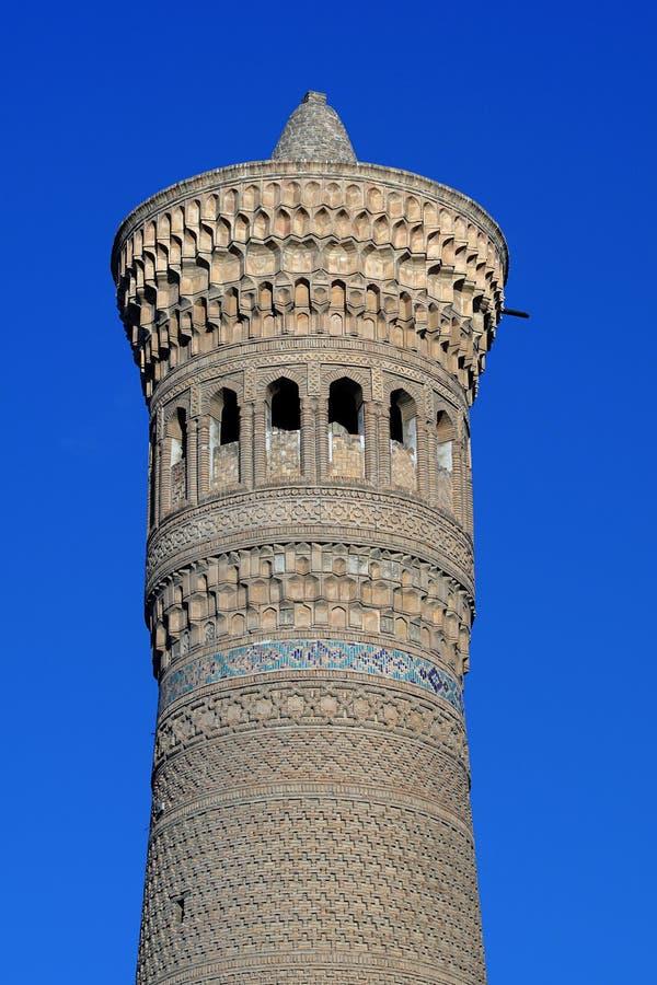 Poi Kalon minaret em Bukhara Uzbequistão foto de stock royalty free