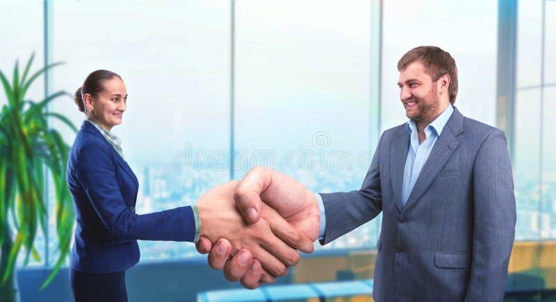 Poignée de main d'hommes d'affaires photos libres de droits