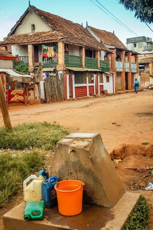 Point d'eau dans Ambalavao images stock