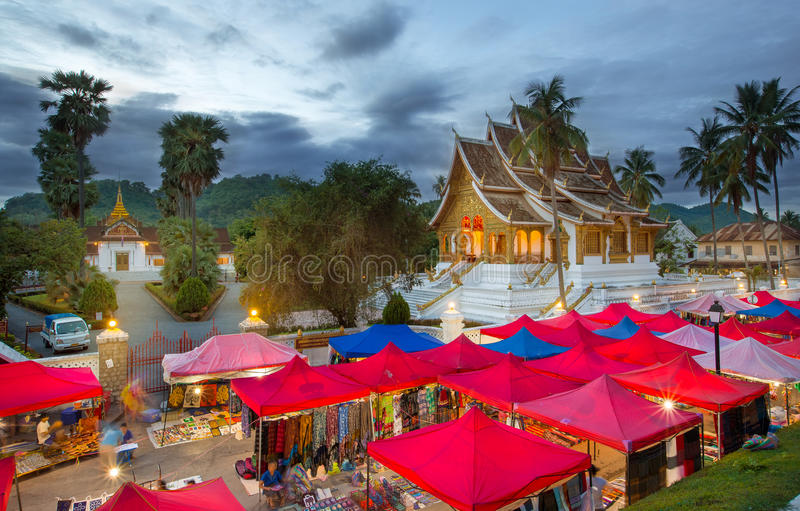 Point de repère de ville de Luang Prabang au Laos image libre de droits