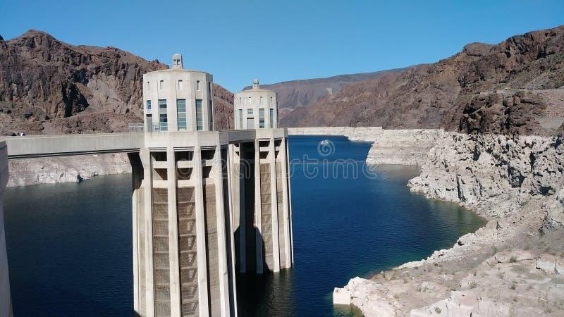 Point de repère le Lake Mead le fleuve Colorado du Nevada de barrage de Hoover photographie stock libre de droits