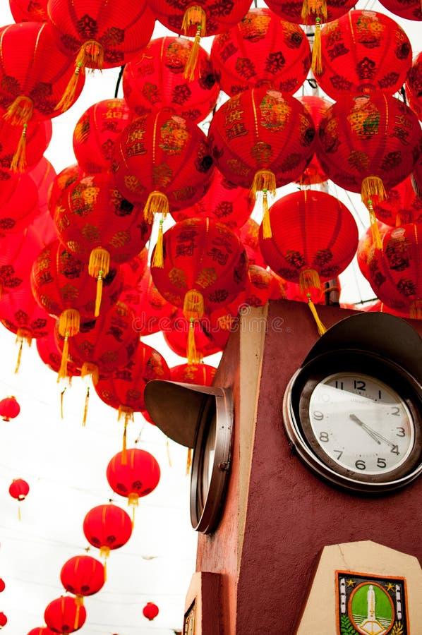 Point de repère de Surakarta avec des lampions chinois rouges de nouvelles années photo stock