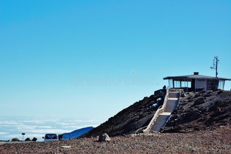 Point de vue au-dessus des nuages en parc national de haleakala photographie stock libre de droits