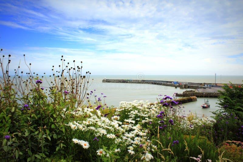 Point de vue côtier Kent R-U de port de Folkestone photos stock
