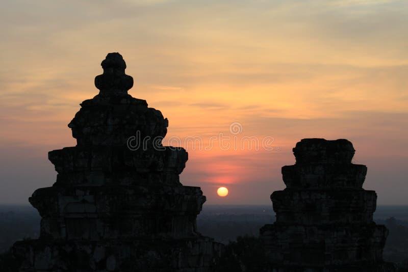 Point de vue de coucher du soleil de Phnom Bakheng d'Angkor Vat, Siem Reap, Cambodge photographie stock
