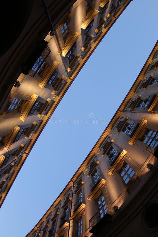Point de vue d'immeubles photographie stock libre de droits