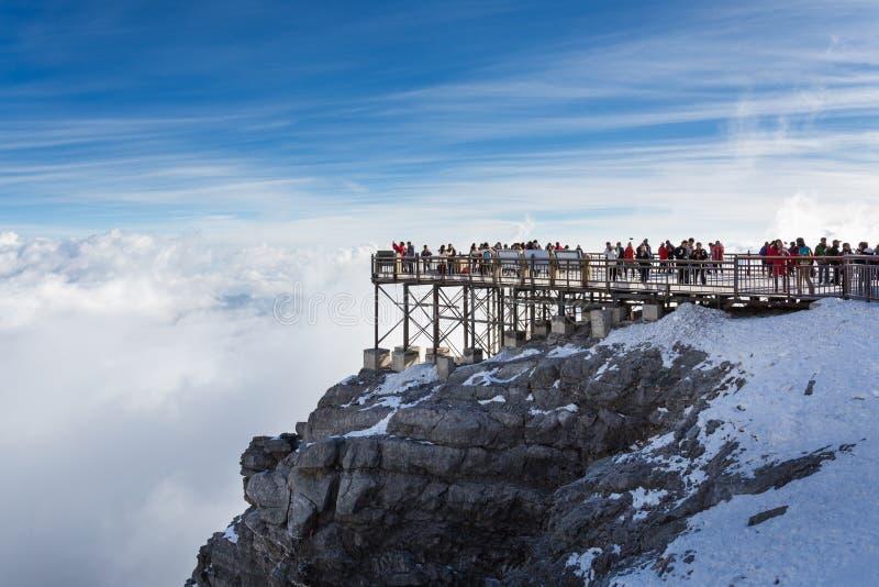 Point de vue de Jade Dragon Snow Mountain photo libre de droits