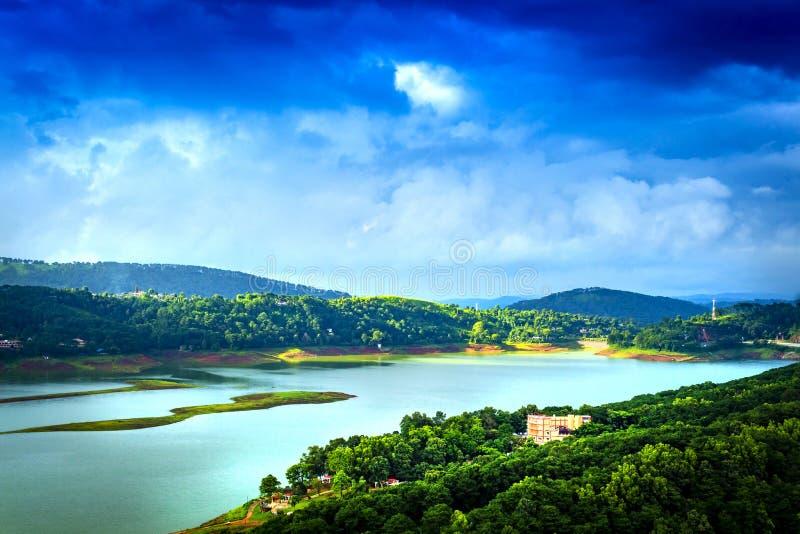 Point de vue de lac Umiam, heure d'été images stock