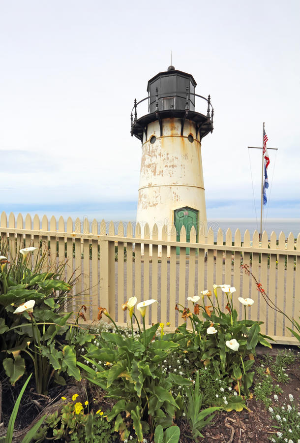 Free Point Montara Fog Signal And Light Station In Spring Stock Photo - 90008920