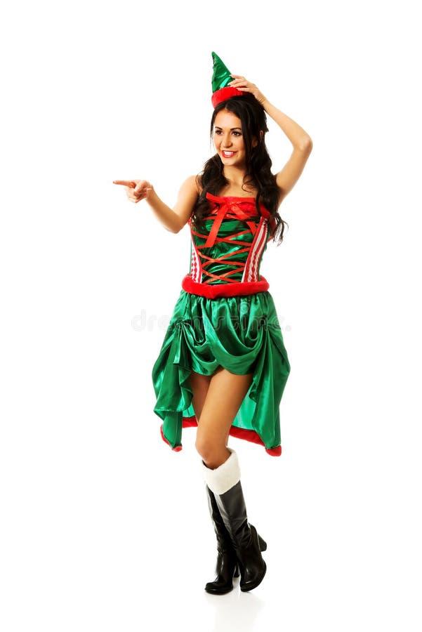 Pointage de port de vêtements d'elfe de femme image libre de droits