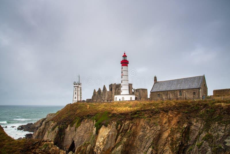 Pointe-Heiliges Mathieu Lighthouse in Bretagne, Frankreich stockfotos