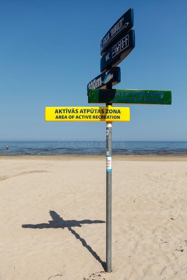 Pointery na filarze na plaży Yurmala Latvia fotografia royalty free