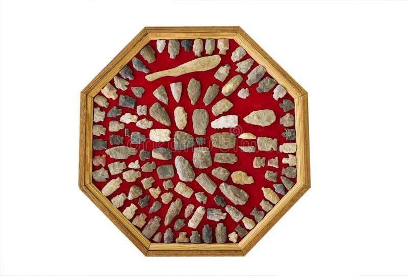 Download Pointes De Flèche Américaines Indigènes Photo stock - Image du américain, arrowheads: 8669828