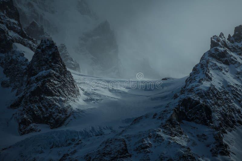 Points culminants de montagne dans le Patagonia Chili photos stock