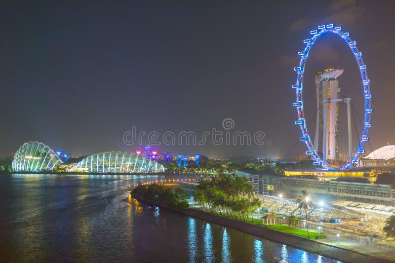 Points de rep?re de Singapour la nuit photographie stock libre de droits